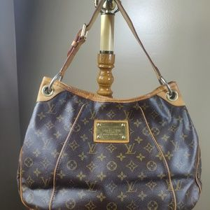 Auth Louis Vuitton Monogram Galliera Pm Hobo Bag
